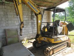 Komatsu Pc20 R8 Compact Excavator - Lot 13 (Auction 2226)