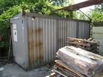 Immagine 2 - Box attrezzi in lamiera e bagno da cantiere - Lotto 30 (Asta 2226)