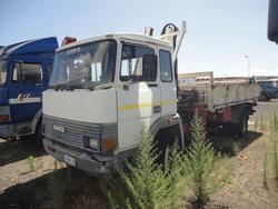 Autocarro Iveco115 17 con gru Stern 095 IVECO 115.17