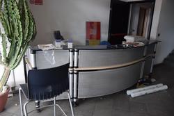 Mobilio ed attrezzature uffici e reception - Asta 2241