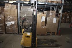 Yale lift truck - Lot 7 (Auction 2243)