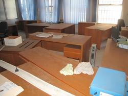 Metal shelves and Office furniture - Auction 2246