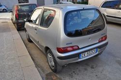 Car Fiat 600 - Lot 11 (Auction 2256)
