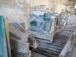 Levi Tunisi LT 300 B cross cutter machine - Lot 9 (Auction 2263)