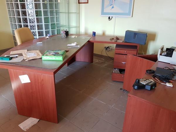 Immagine n. 2 - 17#2265 Mobili ufficio