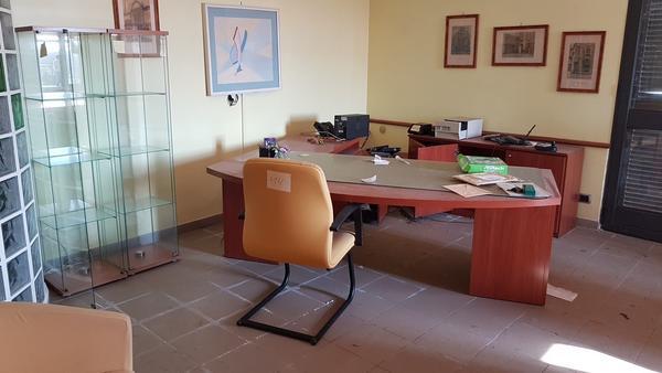 Immagine n. 3 - 17#2265 Mobili ufficio