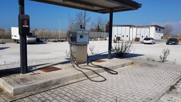 Immagine n. 1 - 21#2265 Impianto erogazione gasolio