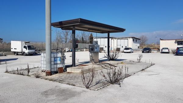 Immagine n. 2 - 21#2265 Impianto erogazione gasolio