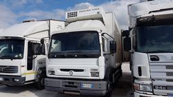 Renault Midliner truck - Lot 34 (Auction 2265)