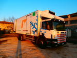 Autocarro Scania 94 con furgone isotermico - Lotto 19 (Asta 2270)