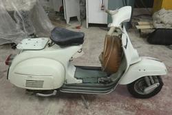 Vespa Piaggio Super 125 VNC vintage motorcycle - Lot 12 (Auction 2272)