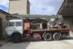 Fiat 150 truck mounted platform - Lot 27 (Auction 2272)