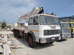 Fiat OM 160 truck with aerial platform - Lot 6 (Auction 2284)