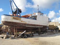Fishing Boat - Lot 19 (Auction 2292)