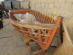 Boat skeleton - Lot 8 (Auction 2292)
