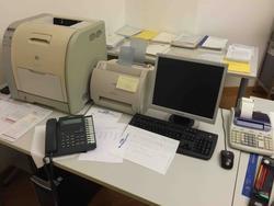 PC Asus e Samsung Fotocopiatrice Toshiba e arredamento da ufficio - Lotto 1 (Asta 2293)
