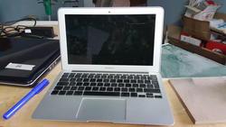 Apple Macbook Air PC HP e LCD Samsung - Lotto 3 (Asta 2299)