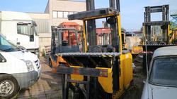 Modo forklifts - Lot  (Auction 2309)