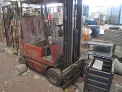 Stock of forklifts and lifting equipment - Lot 17 (Auction 2337)