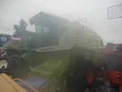 Claas Combine harvester - Lot 105 (Auction 2338)