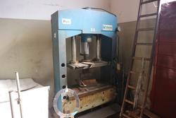 Pressa idraulica Sincom - Lotto 44 (Asta 2346)