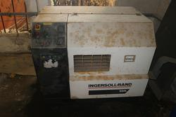 Compressors and air dryer - Lot 86 (Auction 2346)