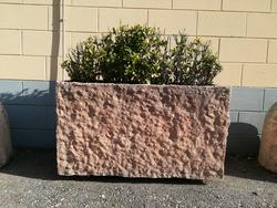Concrete flowerpot - Lot 3 (Auction 2349)