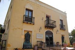 Complesso destinato a struttura turistico-ricettiva e ristorazione - Lotto 1 (Asta 2364)