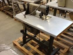 Pfaff textile machine - Lot 12 (Auction 2381)