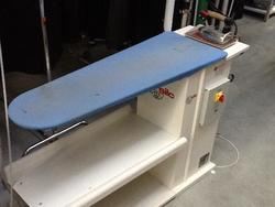 Silc ironing board - Lot 48 (Auction 2381)
