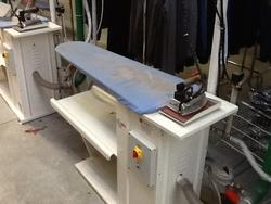 Silc ironing board - Lot 49 (Auction 2381)