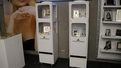 Gewiss anti theft antennas and Olivetti cash register - Lot 1 (Auction 2405)