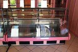 Arredamento per negozio alimentare e bilance - Lotto 16 (Asta 2430)