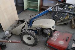 SEP riding lawn mower - Lot 134 (Auction 2431)