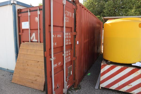 40#2431 Container