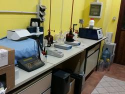 Attrezzatura da laboratorio enologico - Lotto 101 (Asta 2447)