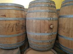 Wine barrels - Lot 106 (Auction 2447)