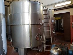 Stainless steel tanks - Lot 127 (Auction 2447)