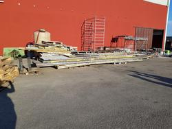 Insulated panels and furniture - Lot 18 (Auction 2447)