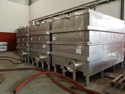 DeSILLA stainless steel wine makinges - Lot 69 (Auction 2447)