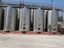 Serna Giotto stainless steel tanks - Lot 90 (Auction 2447)