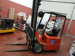 FSI electric forklift - Lot 96 (Auction 2447)