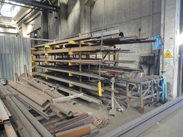 49#2504 Stock di materiale ferroso da rottamare