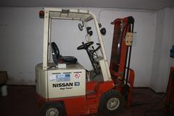 Carrello elevatore Nissan 15 - Lotto 3 (Asta 2541)