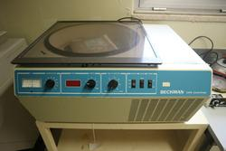 Centrifuge Beckman GPR Centrifuge - Lot 46 (Auction 2541)