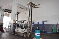 OM lift truck - Lot 4 (Auction 2666)