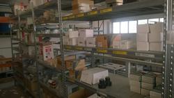 Magazzino materiale elettrico e scaffalature Leoni della società CCLG SAS - Lotto  (Asta 2668)