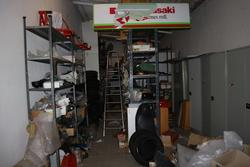 Shelving and spare parts for motorcycles - Lot 372 (Auction 2697)
