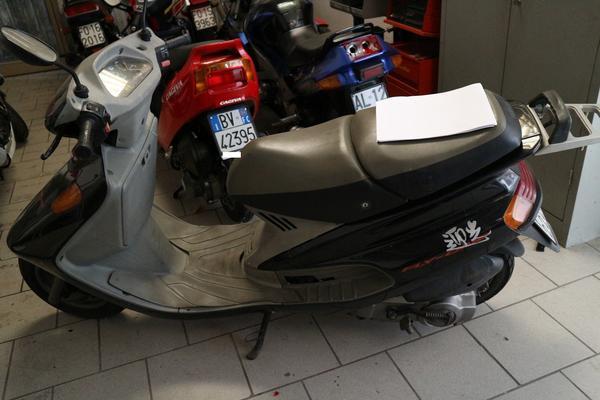 402#2697 Moto Yamaha Taiwan XC 150