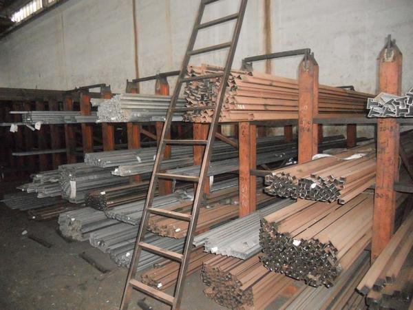 Immagine n. 19 - 44#2709 Semilavorati ferrosi